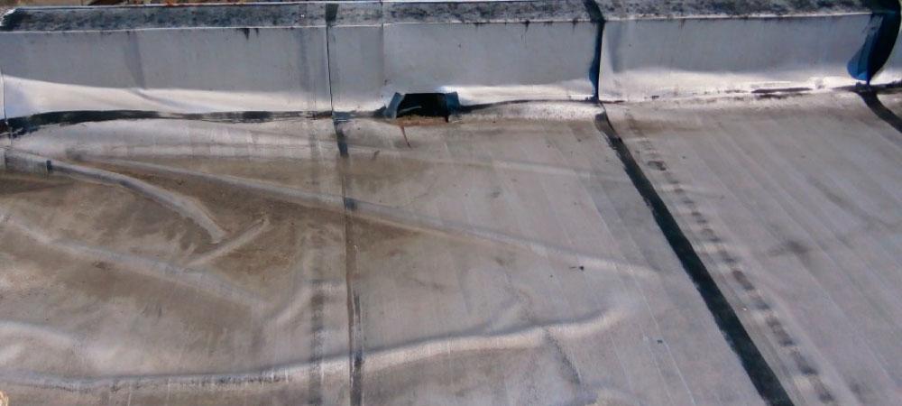 ベランダシート防水の雨漏り